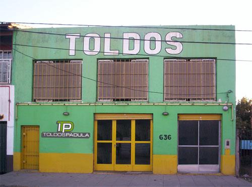 Toldos padula lonas para camiones comercios for Toldos para comercios
